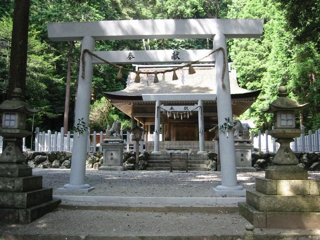 丹生神社3