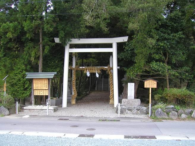 飯野高宮神山神社02